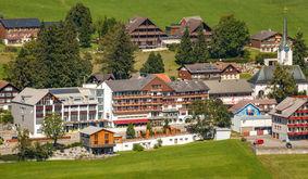 csm_Hotel-Hirschen-Wildhaus-Aussenansicht1_5236bbac99